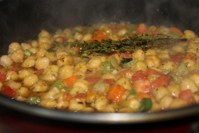 Curry Channa Pot